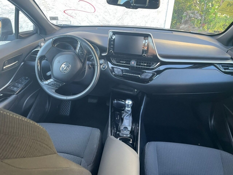 Toyota C-HR 2019 price $499