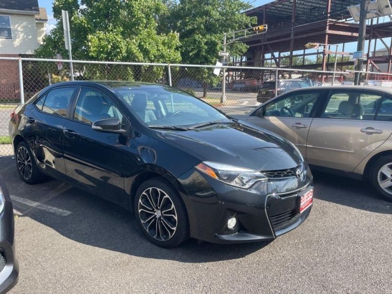 Toyota Corolla 2015 price $499