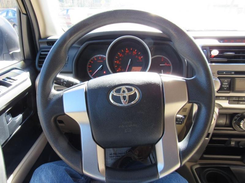 TOYOTA 4RUNNER 2010 price $14,000