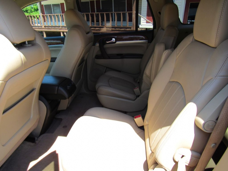 BUICK ENCLAVE 2012 price $10,900