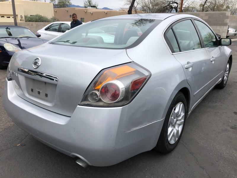 Nissan Altima 2009 price $4,200