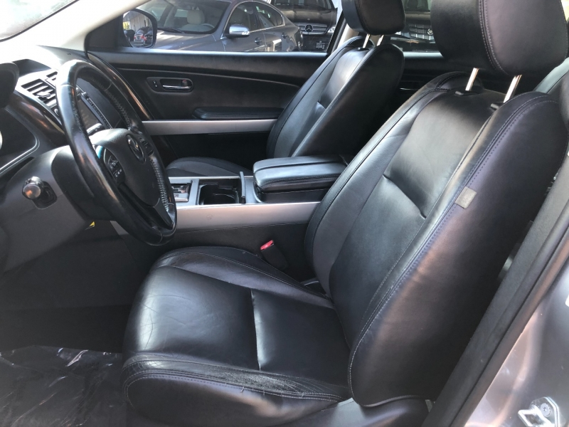 Mazda CX-9 2011 price $4,990