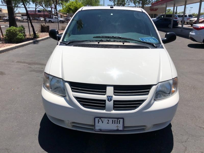Dodge Caravan 2005 price $5,700
