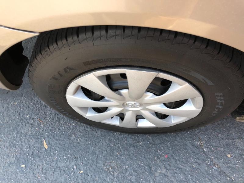 Toyota Camry 2002 price $3,200