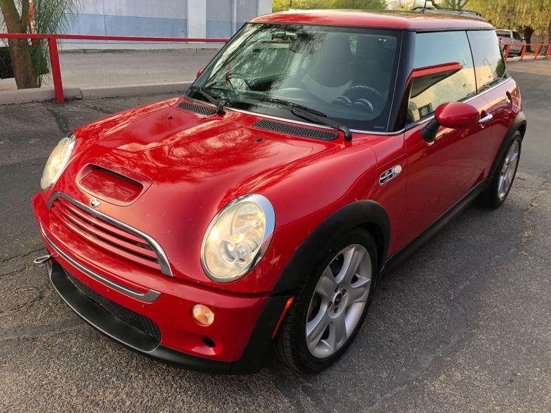 Mini Cooper Hardtop 2006 price $4,490