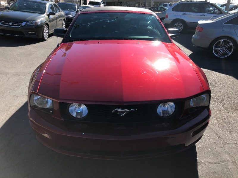 Ford Mustang 2006 price $15,990