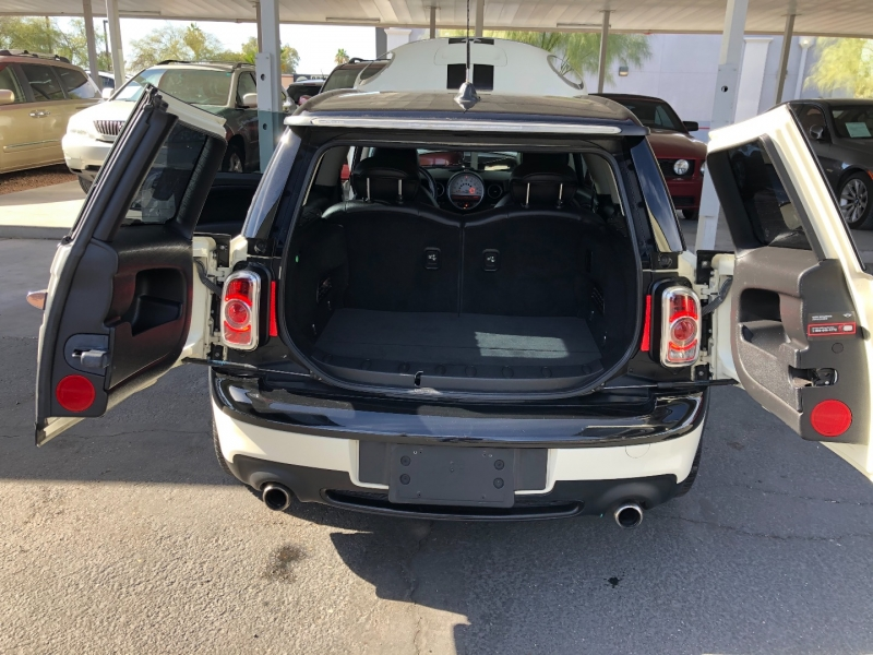 Mini Cooper Clubman 2013 price $7,990