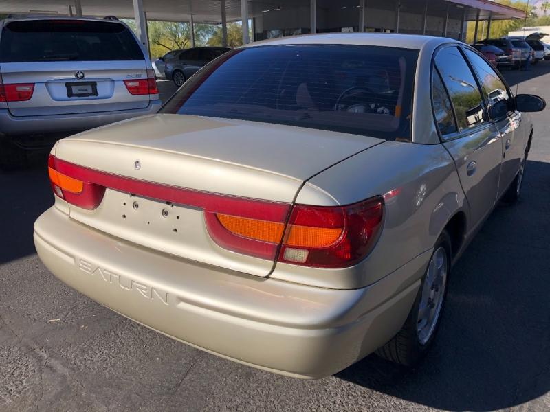 Saturn SL 2002 price $5,200