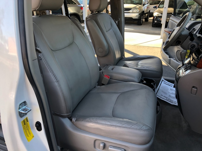 Toyota Sienna 2007 price $5,990