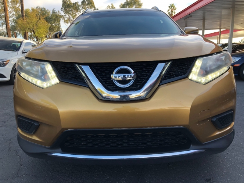 Nissan Rogue 2015 price $8,990