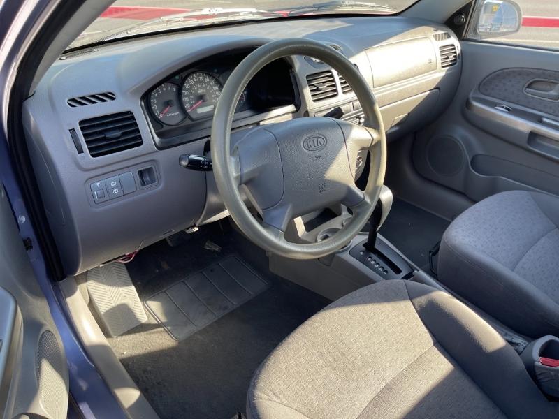 Kia Rio 2004 price $4,490