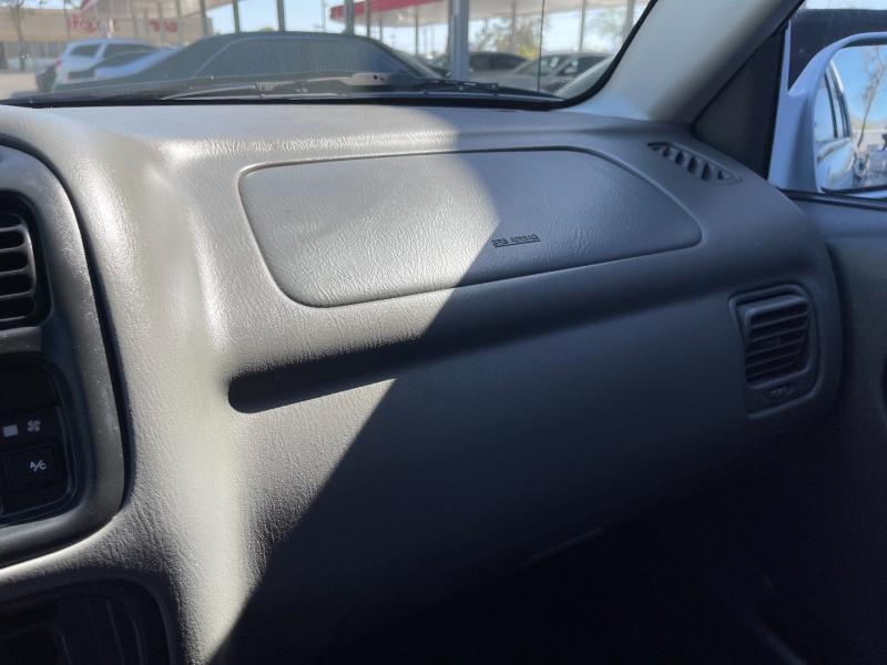 Chevrolet Tracker 2002 price $6,490
