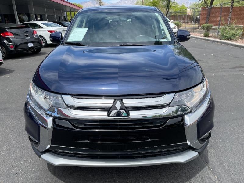 Mitsubishi Outlander 2017 price $9,700