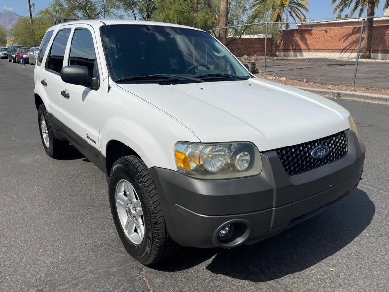 Ford Escape 2006 price $7,490