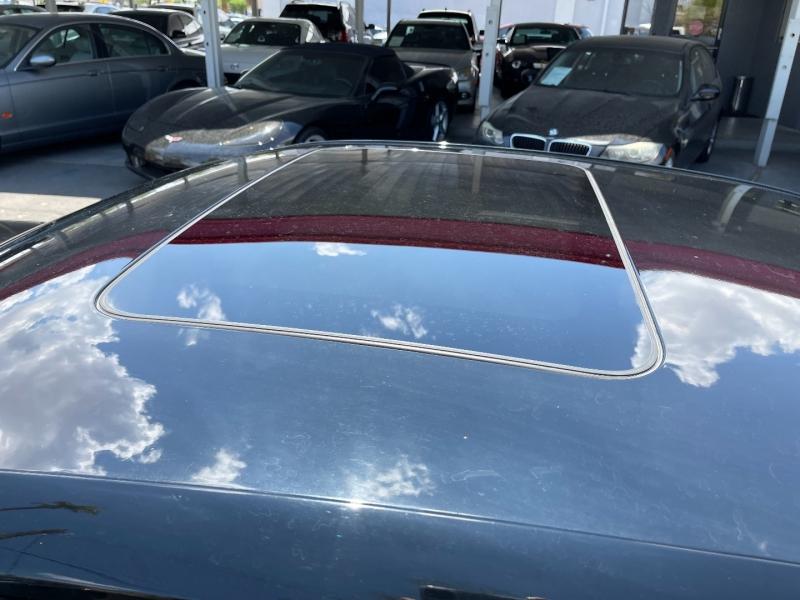 Chevrolet Camaro 2019 price $27,490
