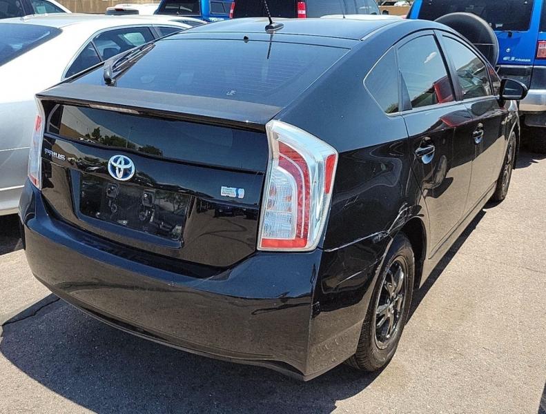 Toyota Prius 2014 price $8,990