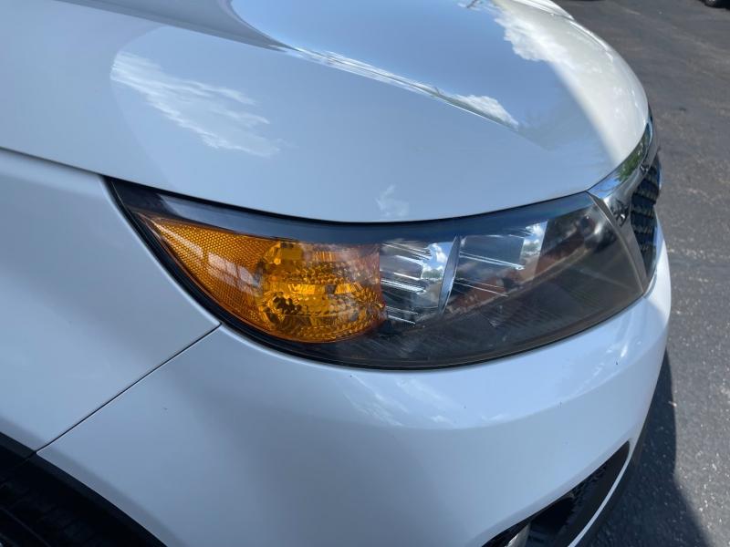Kia Sorento 2013 price $11,650