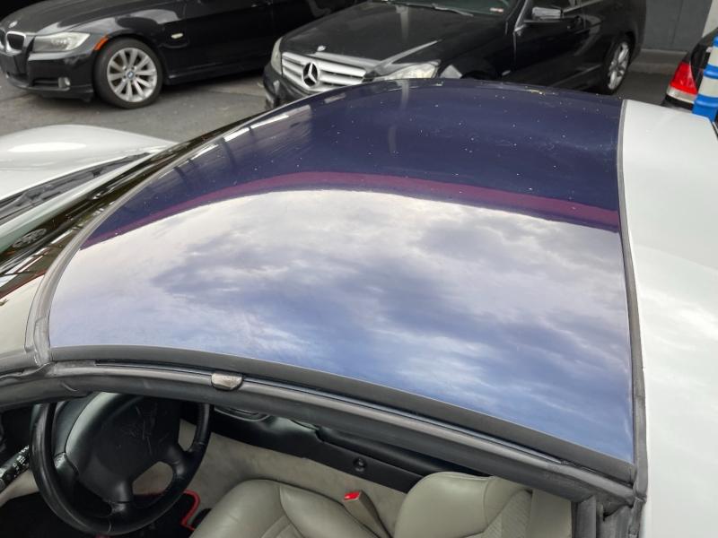 Chevrolet Corvette 2001 price $13,990