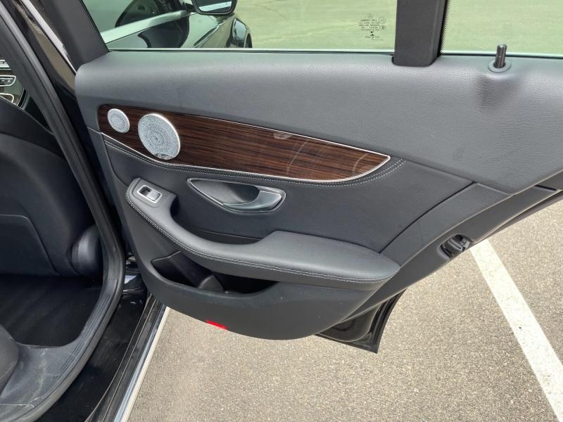 Mercedes-Benz C-Class 2015 price $19,999