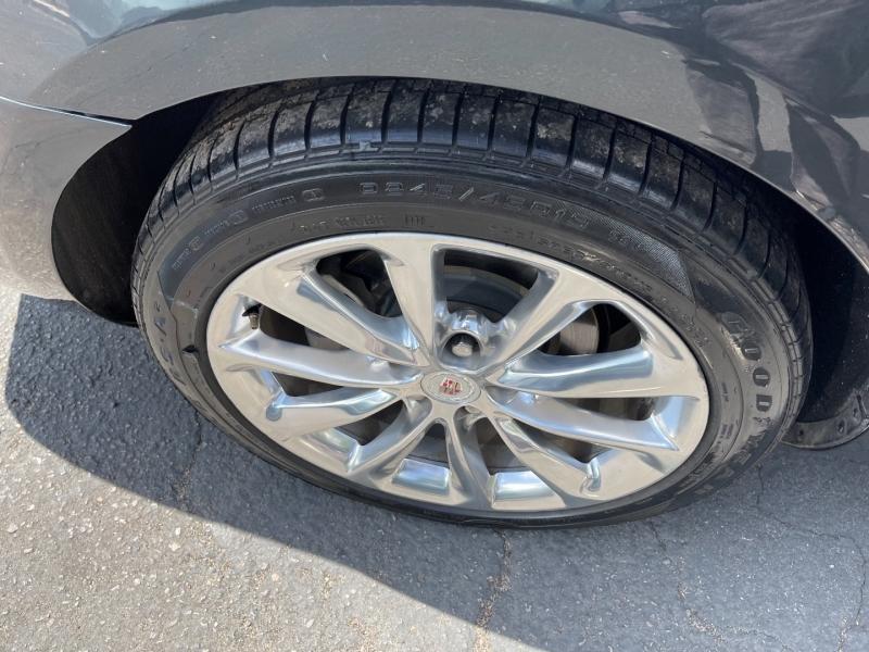 Cadillac XTS 2013 price $17,490