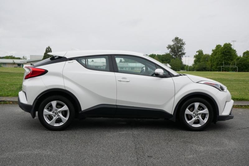 Toyota C-HR 2018 price $24,986