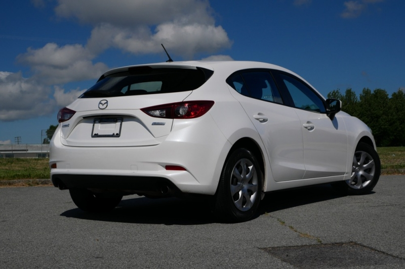 Mazda Mazda3 Sport 2018 price $18,996