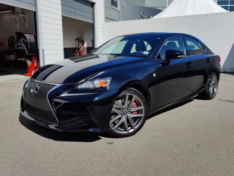 Lexus IS 300 AWD 2016 price $31,986