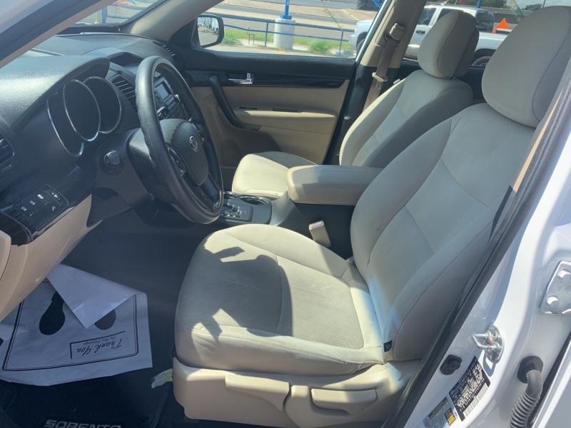 KIA SORENTO 2012 price $10,650