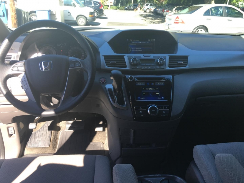 Honda Odyssey 2016 price Call for Pricing.