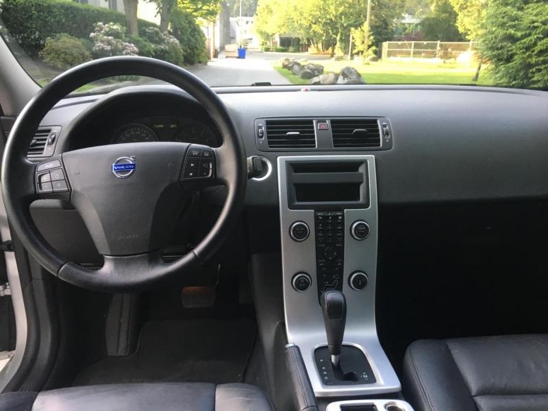 Volvo S40 2010 price $9,950
