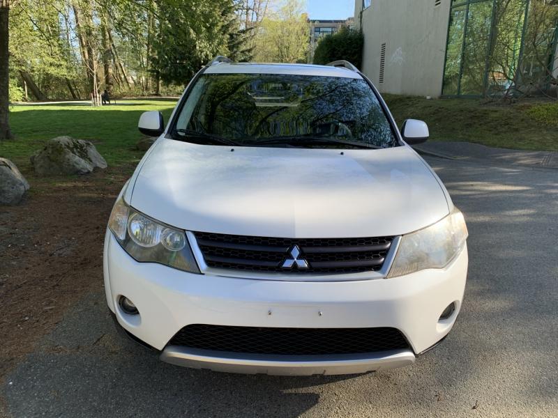 Mitsubishi Outlander 2008 price $4,950