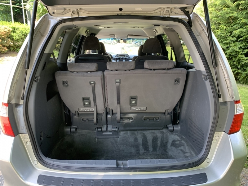 Honda Odyssey 2005 price $7,950