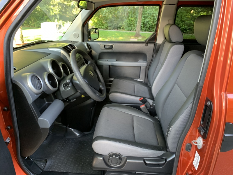 Honda Element 2003 price $7,950