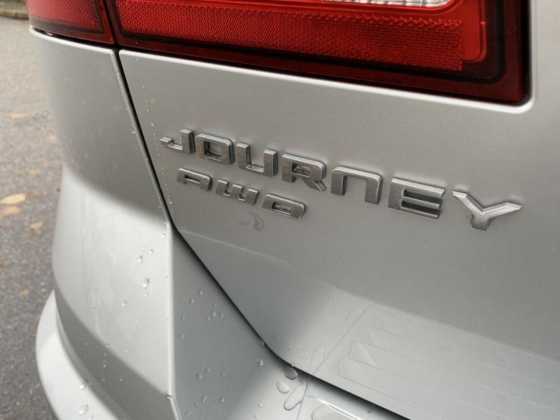 Dodge Journey 2011 price $11,950