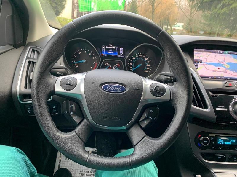 Ford Focus 2013 price $8,950