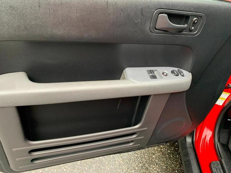 Honda Element 2005 price $9,950