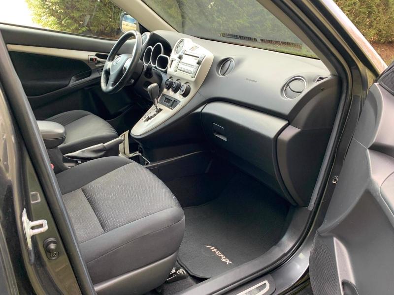 Toyota Matrix 2010 price $10,950