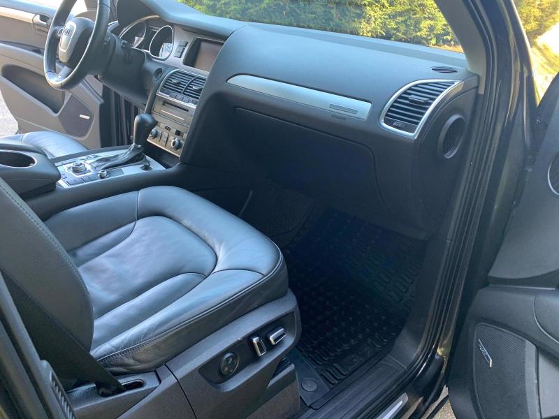 Audi Q7 2011 price $17,950