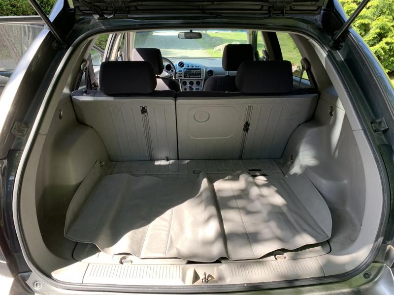 Pontiac Vibe 2005 price $3,950