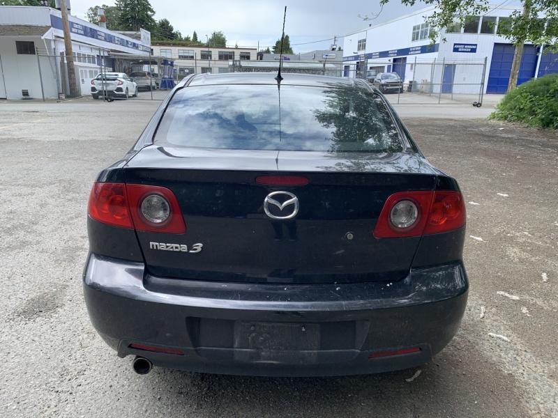 Mazda MAZDA3 2004 price $1,950