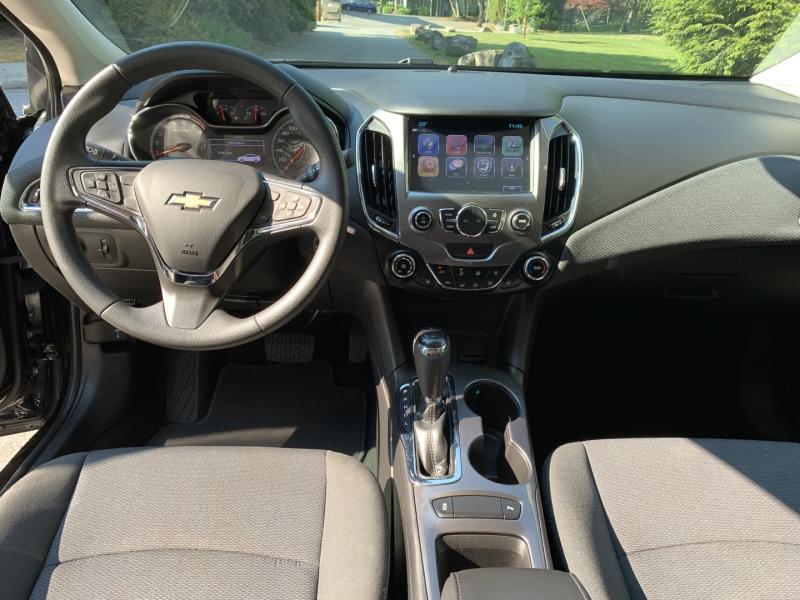 Chevrolet Cruze 2017 price $10,950