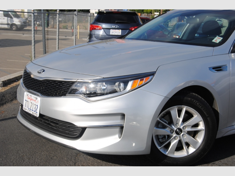 Kia Optima 2016 price $10,888