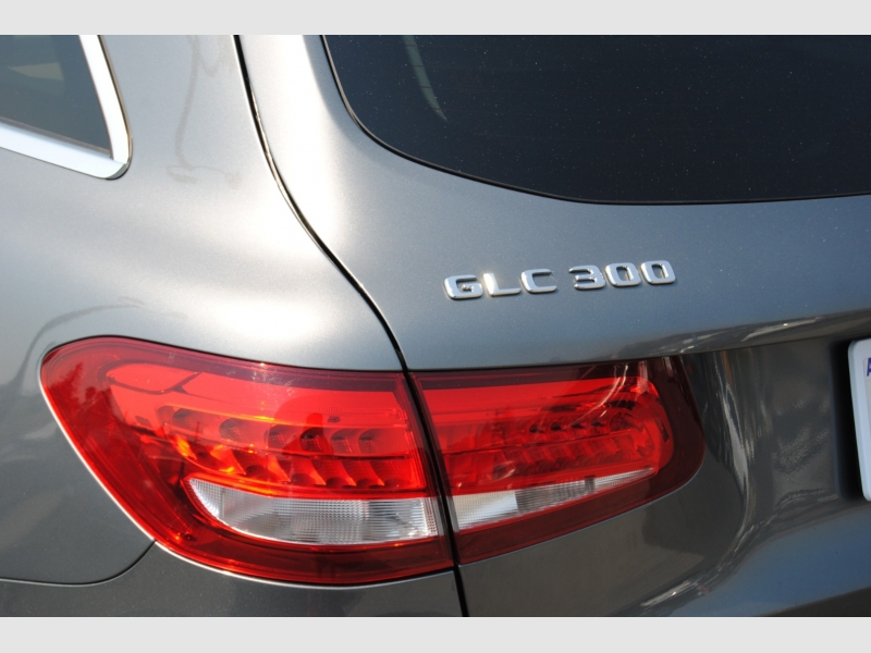 Mercedes-Benz GLC 2017 price $30,988