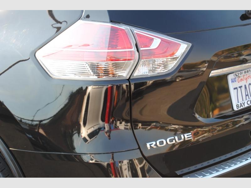 Nissan Rogue 2016 price $13,988