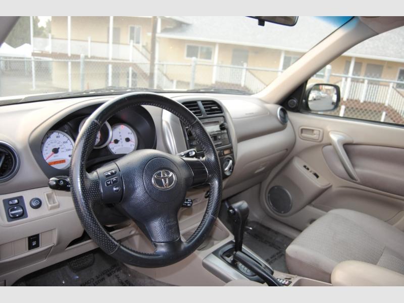 Toyota RAV4 2004 price $4,888