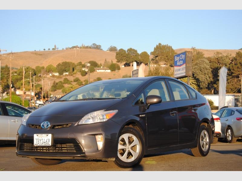 Toyota Prius 2013 price $9,588