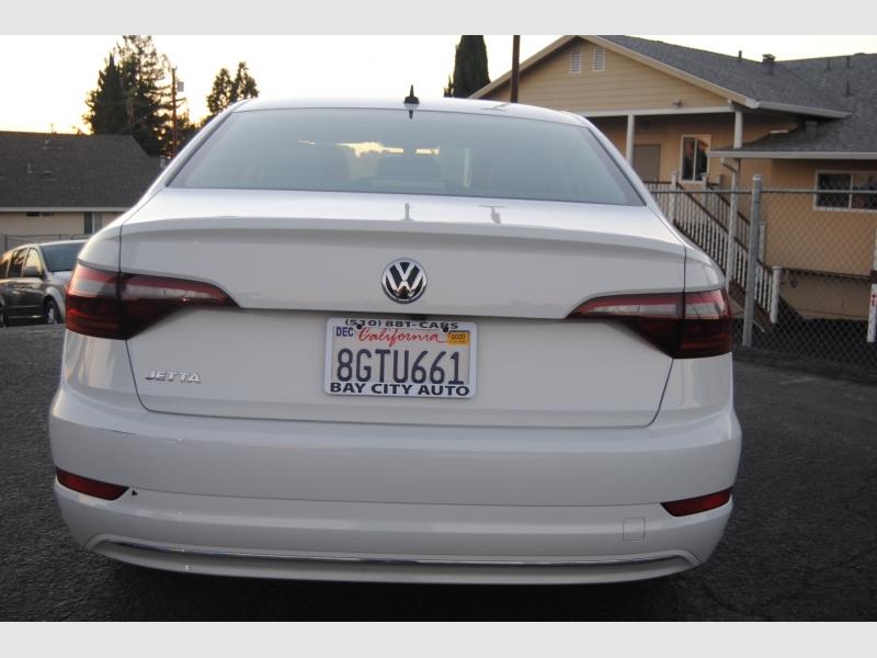 Volkswagen Jetta 2019 price $18,588