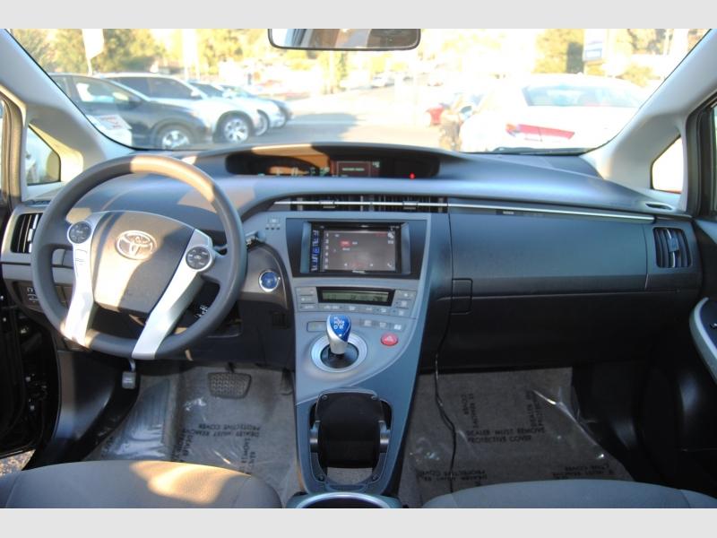 Toyota Prius 2014 price $12,588