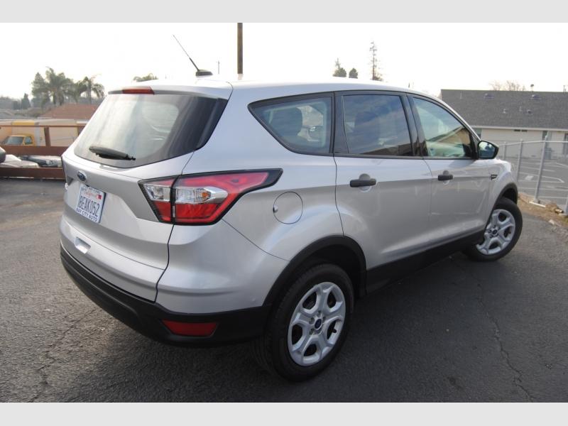 Ford Escape 2018 price $12,888