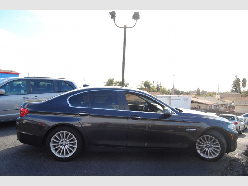 BMW 5-Series 2013 price $17,888